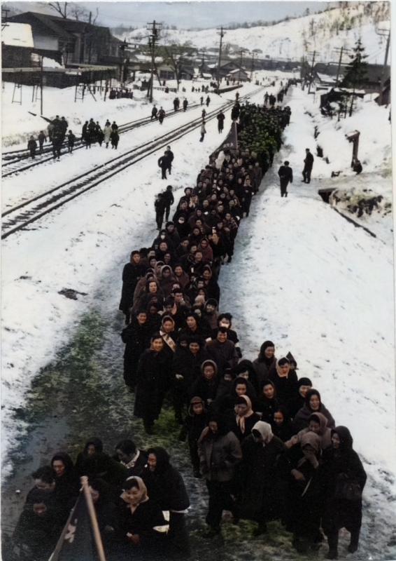 婦人たちの行進