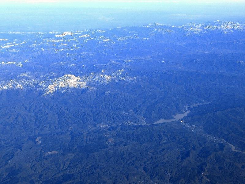 平成25年 上空からの夕張岳とシューパロ湖 |M.Hiraike