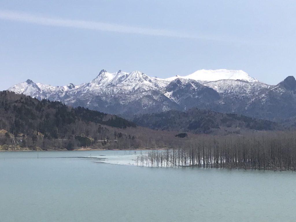令和2年4月 春の夕張岳