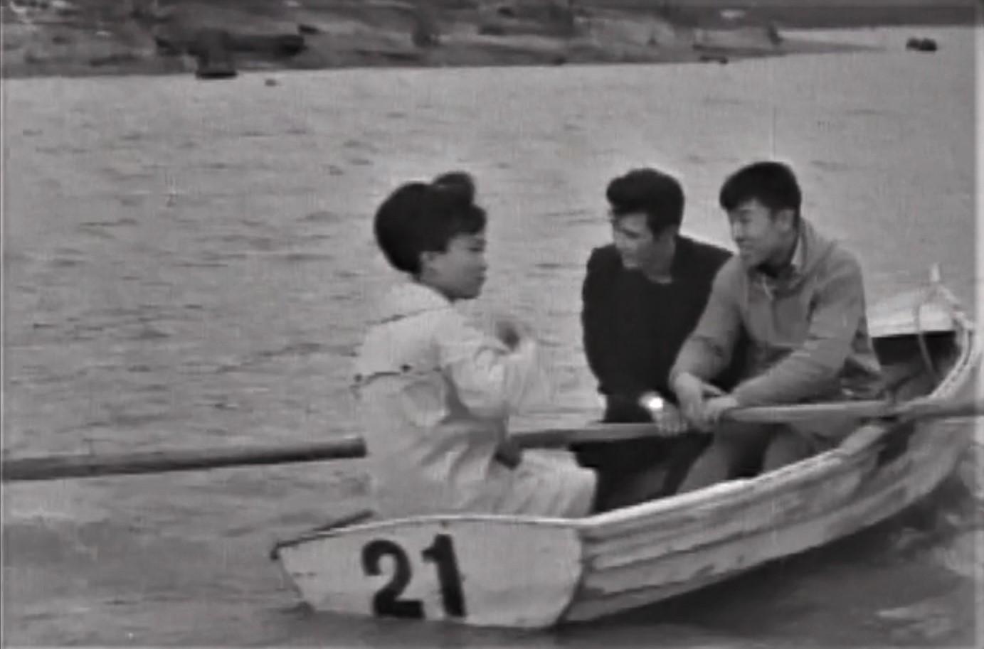 シューパロ湖 ボート風景