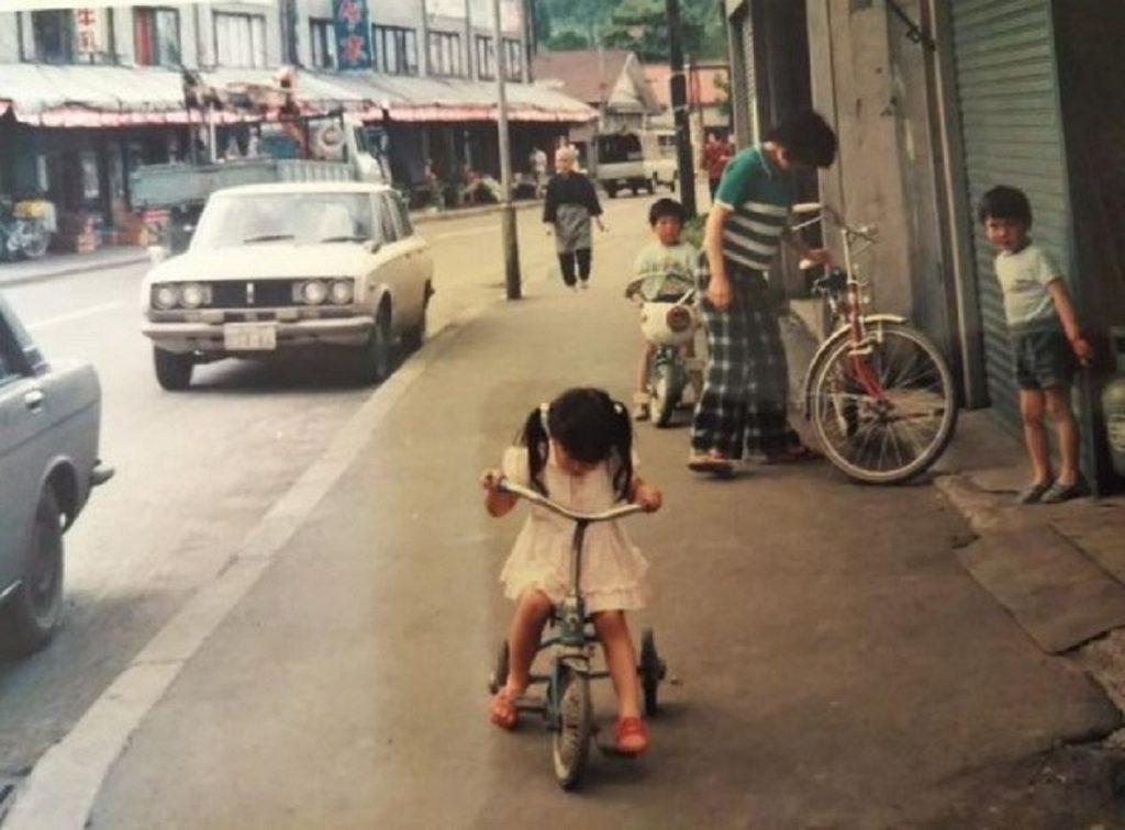 昭和48年 松本商店前の歩道