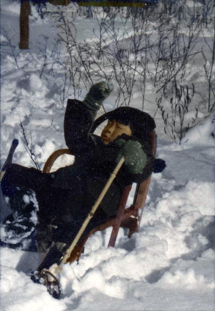 冬のそり遊び(昭和35年)