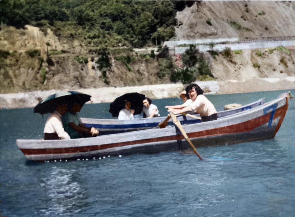 シューパロ湖 ボート遊び