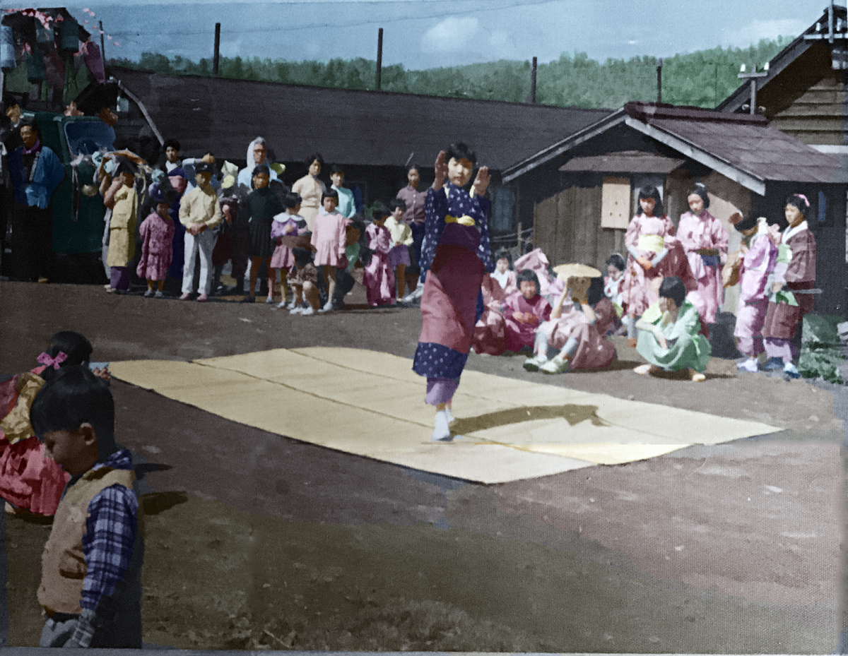祭りの手踊り