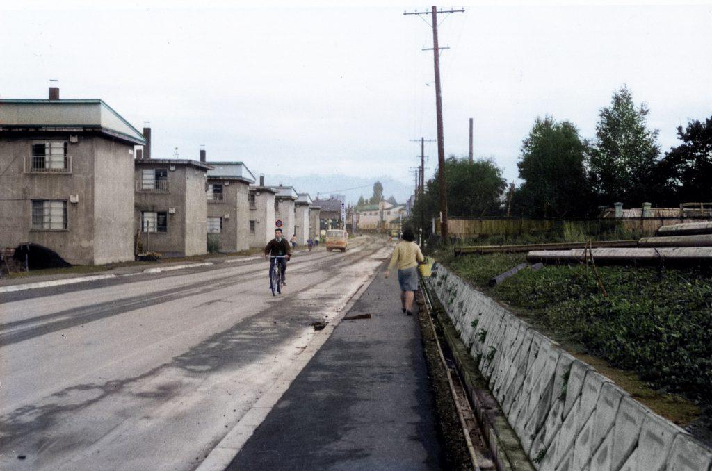 栄町プール前の通り